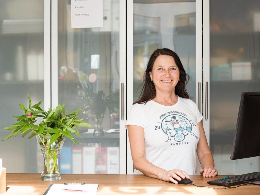 Marina von Iyengar Yoga Hamburg hat den Schritt in gewagt - Selbständig als Yogalehrer