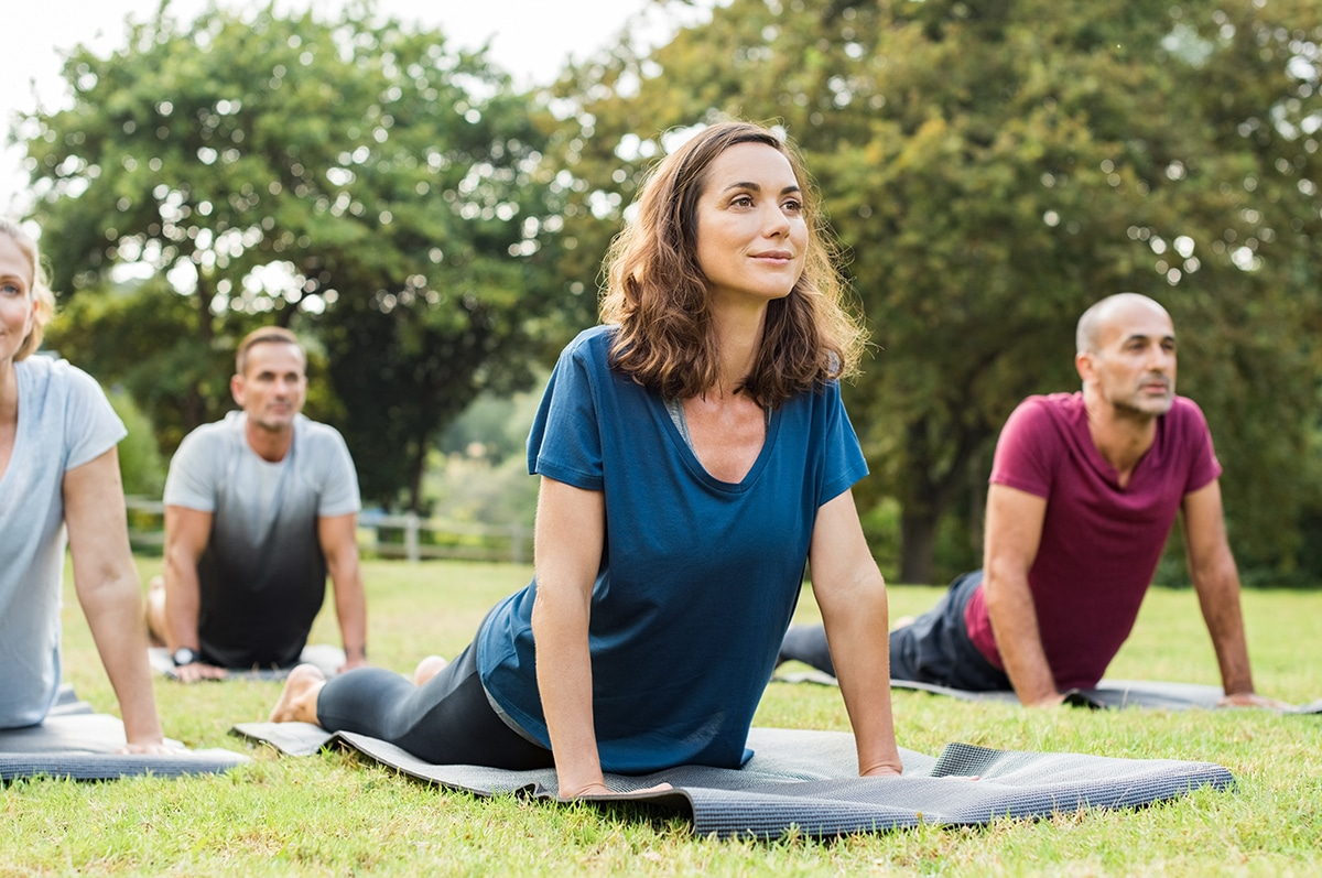 Yoga im Park - Yogastudio wiedereröffnen