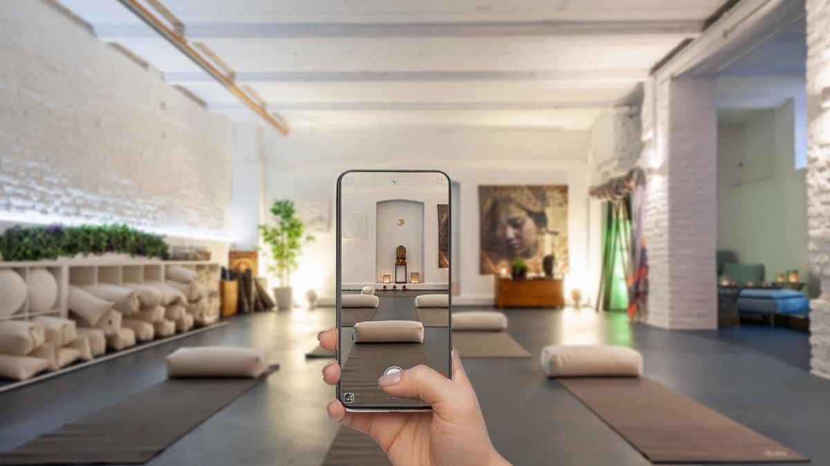 Instagram studio yoga
