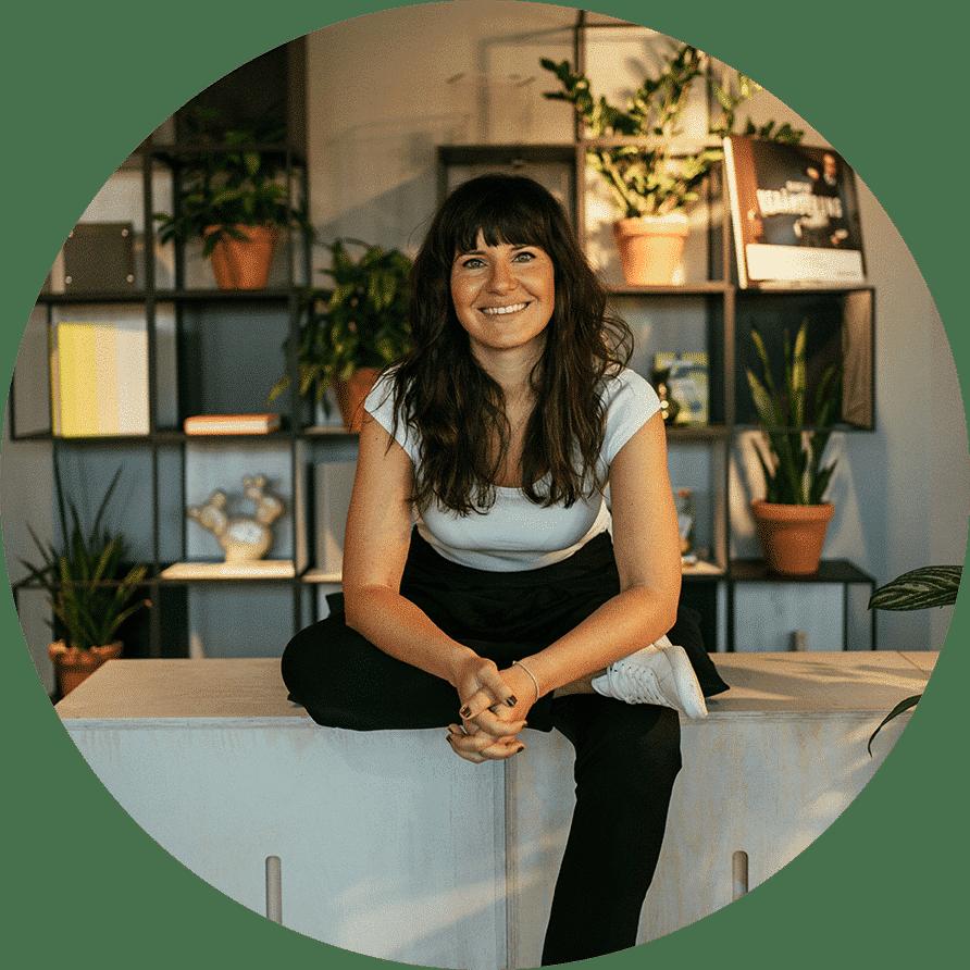 Sibel Lang - Yoga Academy