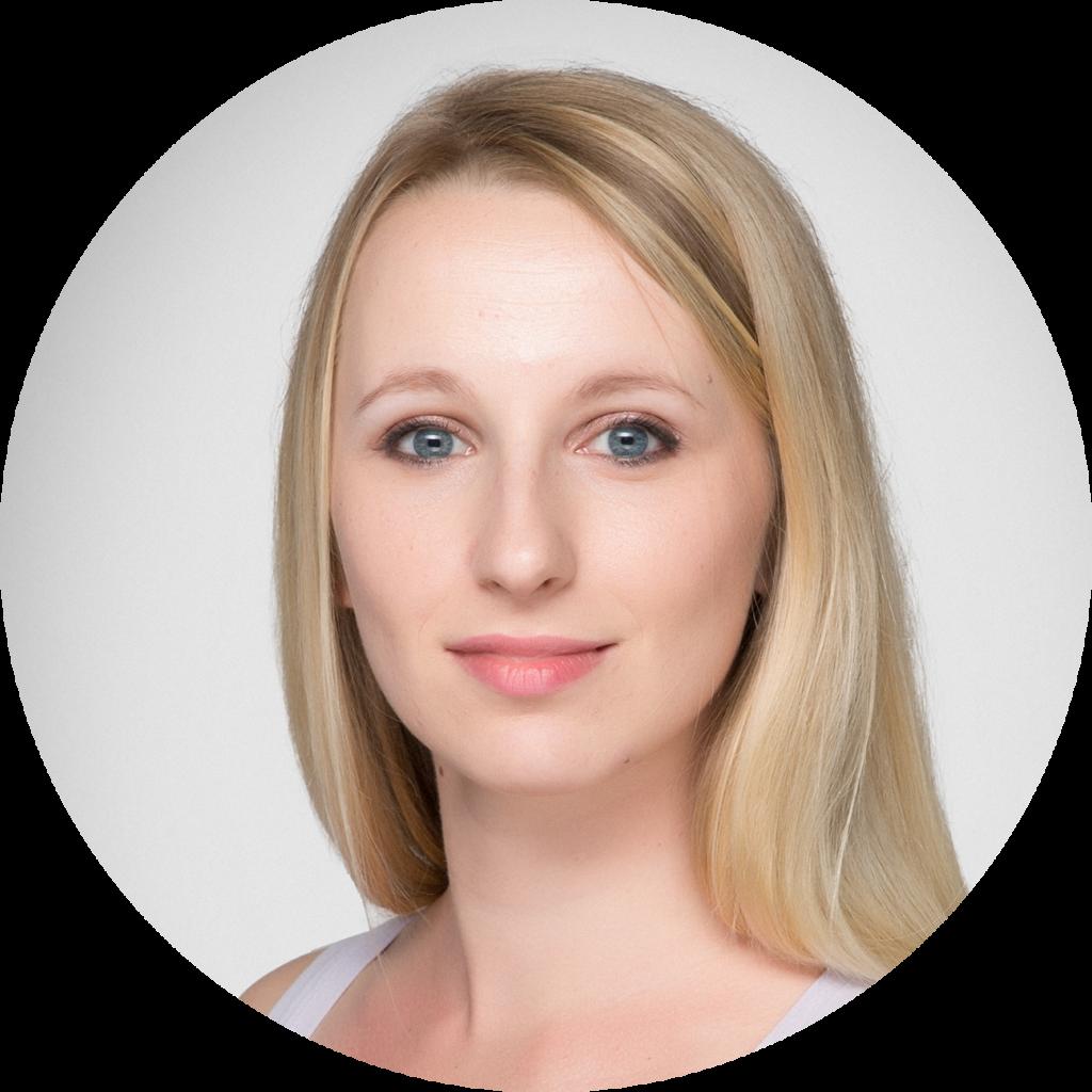 Nadine, Geschäftsführerin Aerial Silk Vienna