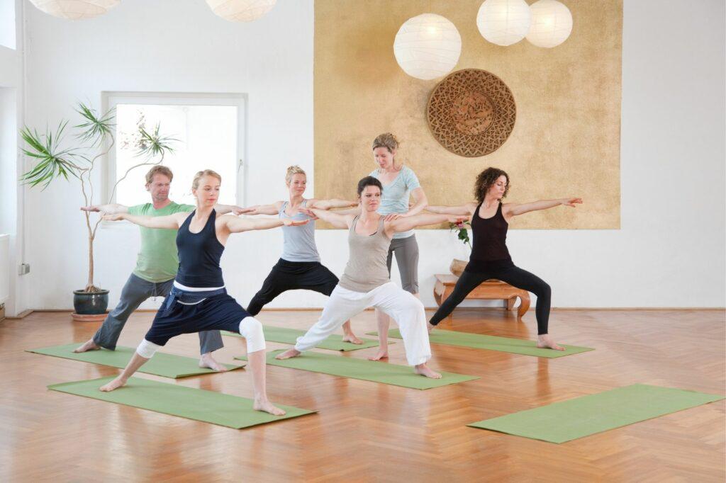 salaire moyen prof de yoga