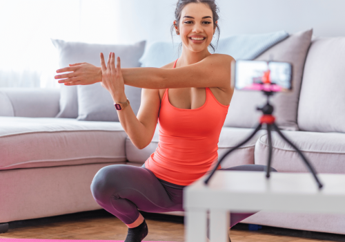Fitnessdocent neemt video on demand work-out op