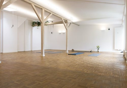 Yogastudio wiedereröffnen