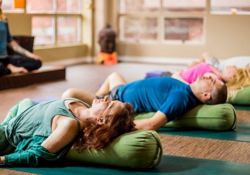 Yoga Studios wieder öffnen nach Corona
