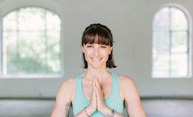 Wanda Badwal - Online Yoga